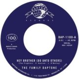 """Family Daptone, The / The 100 Knights: Hey Brother (Do Unto Others) / Soul Fugue [7""""]"""